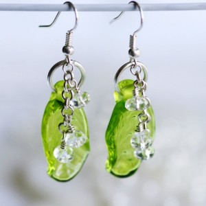 Lampwork Leaf Bead Drop Dangle Earrings ER090