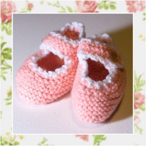 JUST PEACHY - Hand Knitted Booties in Peach and White