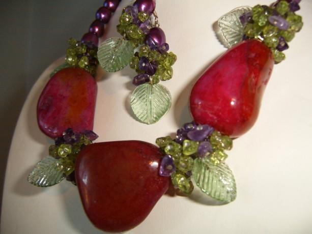 Grape Vine Creation Necklace Earrings Set