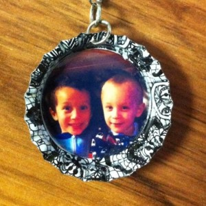 2 Custom MADE TO ORDER -  Personalized Family Photo - Bottle Cap Keychains