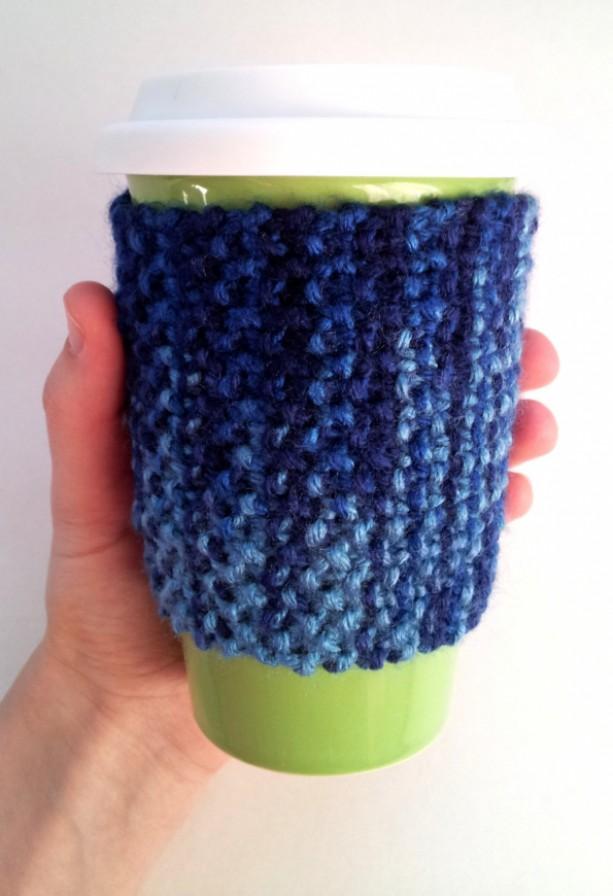 Knit travel mug cozy, non slip cozy, coffee mug cozy, coffee cup cozy, knit cozy, multicolor blue