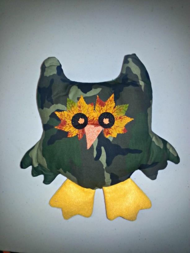 Camo pillow owl decor country look