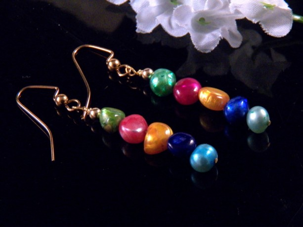 Cultured Fresh Water Pearl Earrings Dangling Handmade Costume Jewelry Made in Montana Free Shipping to USA Gift Box