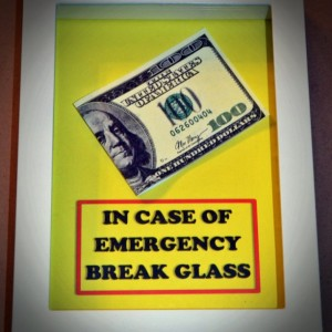 100 Dollar Bill - In Case of Emergency Break Glass -  Perfect Gift for Graduate, Funny Gag Geekery Gift for Boyfriend, Girlfriend, Valentine
