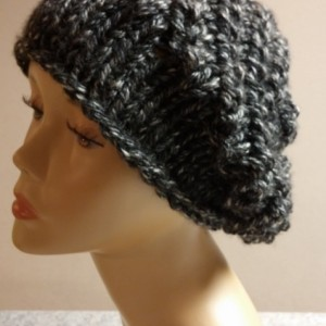 ONLY ONE Slouchy Knit Charcoal Gray Winter Hat