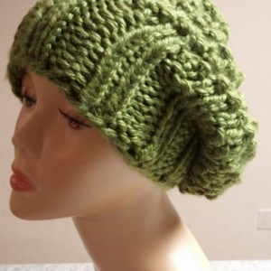 ONLY ONE Green Knit Slouchy Winter Hat
