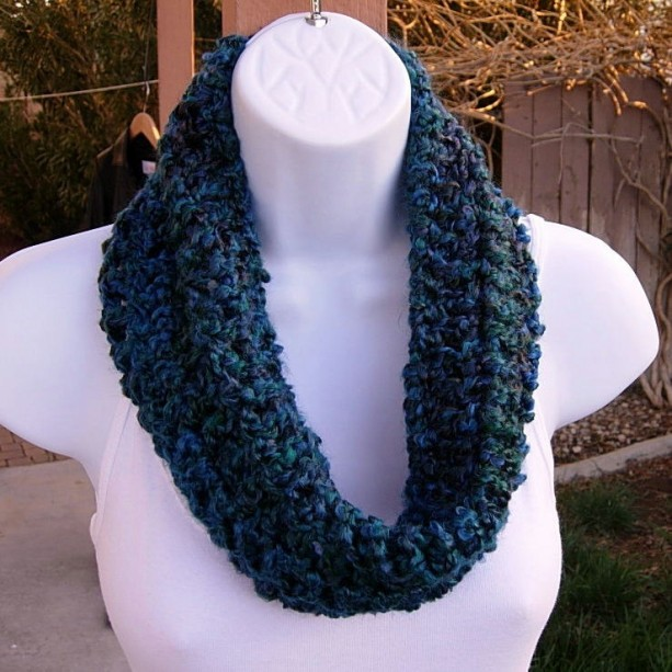 SUMMER COWL SCARF Dark Teal Blue Green Red, Small Short Infinity Loop, Crochet Knit, Soft Lightweight Acrylic Neck Warmer, Ready to Ship in 3 Days