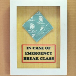 Adult Funny Gag Gift - Condom - In Case of Emergency Break Glass - Sex Lover Gift, Gift for Him, Gift for Husband, Men, Gift for Boyfriend