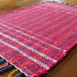 Rag Rug - Hot pink, pink, light pink / Handwoven / Eco-Friendly, upcycled, reclaimed