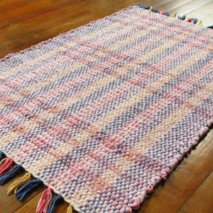 Rag Rug - Pink, multi-colored / Washable / Handwoven / Eco-Friendly, upcycled