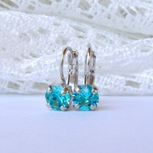 Blue rhinestone earrings / blue topaz / 6mm / Swarovski earrings / leverback