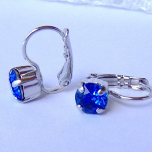 Sapphire Blue rhinestone earrings / 6mm / Swarovski earrings / leverback earrings