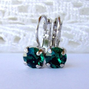 Emerald rhinestone earrings / 6mm / Swarovski earrings / leverback earrings