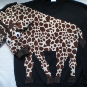 Fun giraffe sweatshirt! The most fun you will have in your clothes. Your choice of size and color, adult sizes for thekids in you.