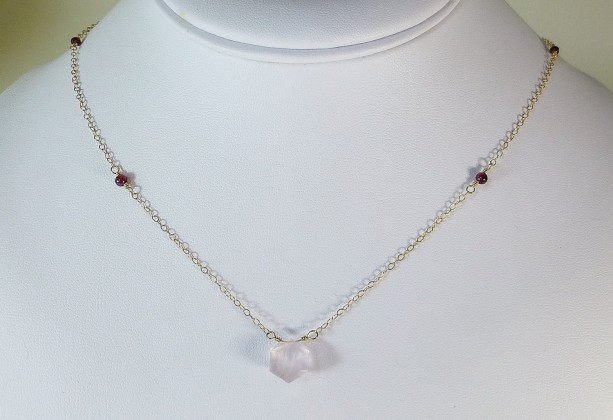 Rose quartz & garnet gold necklace,pink and gold, delicate jewelry, dainty jewelry,bridal jewelry,rose quartz necklace,pink and red