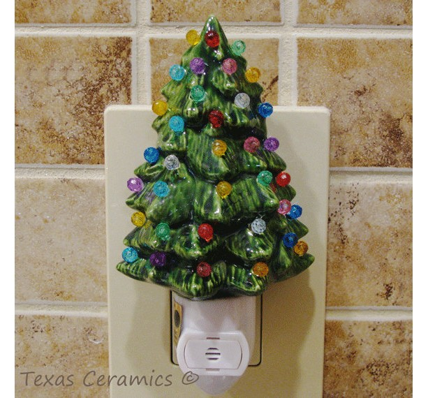 little green ceramic christmas tree night light with automatic light sensitive switch