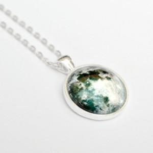 Full Moon Pendant Necklace