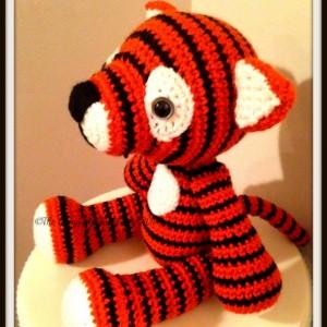 Crochet tiger, handmade stuffed tiger, stuffed animals in handmade, amigurumi tiger, striped tiger, handmade toys, toys in handmade