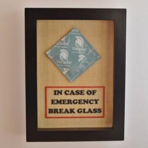 Adult Funny Gag Gift - Condom - In Case of Emergency Break Glass - Sex Lover Gift, Gift for Him, Gift for Husband, Men, Gift for Boyfriend