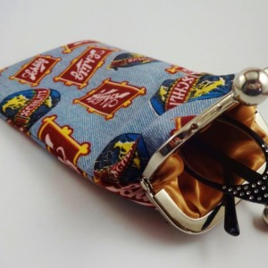 Retro Schlitz Eyewear/Crochet Hook Pouch