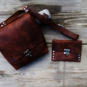 Handmade Leather Cross Body Bag with Matching Wallet. Hand Stitched. Leather Messenger Satchel Bag  Bret Cali Bag