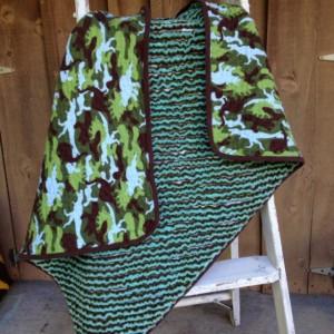 Faux Chenille Dinosaur Camo Quilt / Blanket