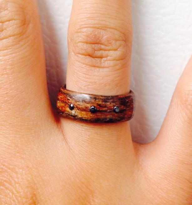 Silky walnut bentwood ring with three black diamonds