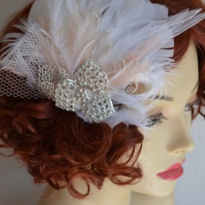 READY TO SHIP, Blush and White Feather fascinator, Feather hair clip, headpiece, Art deco, Gatsby, Rhinestones, Blush feathers, Bridal clip