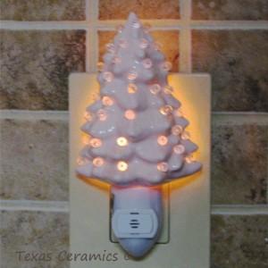 Soft Pink Ceramic Christmas Tree Night Light with Light Sensitive Automatic Fixture