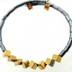 Gold Cube Bracelet, Trendy Teen Bracelet, Gold Square Bracelet, Gold Mod Bracelet, Womens Hematite, Color Block Bracelet, Gold Memory Wire