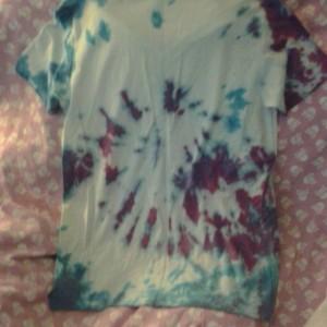 Small V Neck tie dye shirt