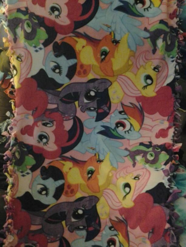 My Little Pony 1 yard Fleece tie Blanket