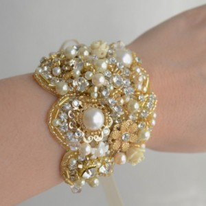 READY TO SHIP, Gold Statement bracelet, gold cuff, gold beaded rhinestone bracelet, heirloom bracelet, champagne, ivory, gold, pearls,brooch
