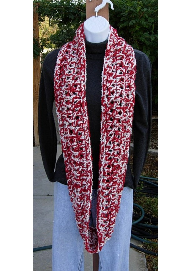 Soft Red and White Crochet Infinity Loop Cowl Scarf
