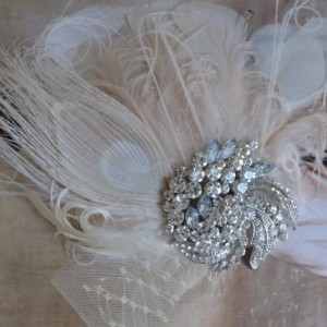 READY TO SHIP, Peacock Feather Fascinator,Headpiece, Feather headpiece, 1920s, Gatsby, Art Deco brooch, Art deco feather hair clip, bridal