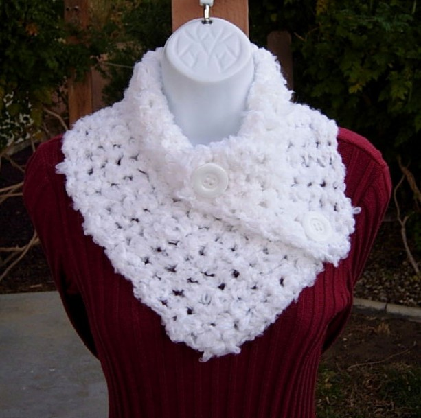 NECK WARMER SCARF Buttoned Cowl Solid Pure White, Soft Acrylic Thick Bulky Crochet Knit Scarflette, White Buttons..Ready to Ship in 3 Days