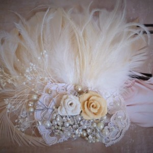READY TO SHIP, Champagne and Ivory Feather clip,1920s Feather fascinator, One of a Kind, Champagne Lace, Rustic, Crystals, pearls,rhinestone