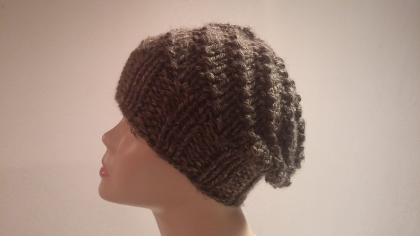 ONLY ONE Winter Knit Hat in Brown mix