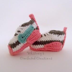 crochet Nike inspired tennis shoes , handmade , crocheted , swoosh , crocheted , baby , booties , shoes , baby nike , photo prop , sneakers