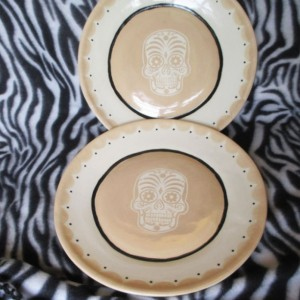 Set of 2 Large Dinner Plates Beige Sugar DOD Skull Handmade Tattoo Ceramic Pottery OHIO USA