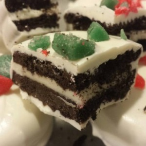 Peppermint White Chocolate Covered Oreos / chocolate / unique / fun / different /  gift / present / favor / milk / dark /white