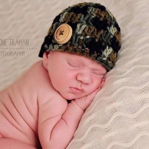 Camo Button Beanie- Newborn Photo Prop, camo hat, camouflage hat, camouflage prop, baby hunter, hunting baby beanie, hunting baby hat