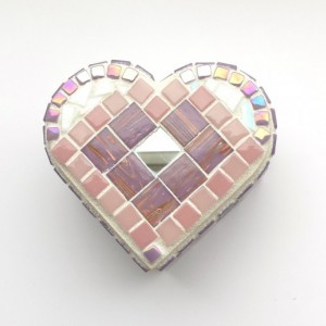Keepsake Jewelry Box. Heart Shaped Mosaic Art in Pink and Purple glass tiles. Anniversary, Mothers Day or Lover Gift Idea.