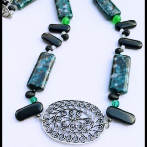 Green Stone Statement Necklace-Earthy, Gemstone, Boho