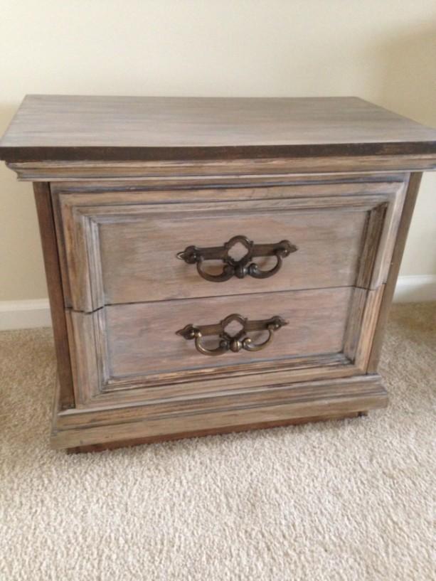 Vintage 2 drawer Night Stand