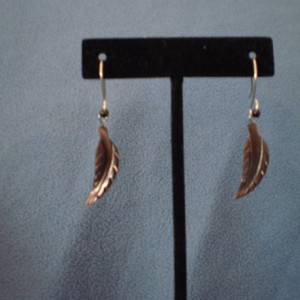 Feather Shaped Shell Drop Earrings