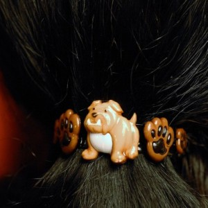 Bulldog, breed specific barrette