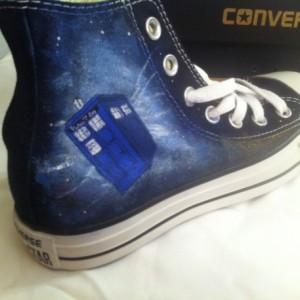 Doctor Who, Custom Converse, Whovian, TARDIS, Fanart Sneakers