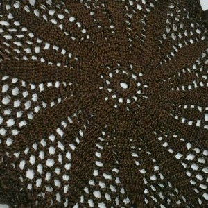 Medium Petal Doily in Fudge Brown.