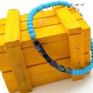 Neon Blue Bracelet, Simple Chic Bracelet, Blue Iridescent Beads, Chic Modern Bracelet, Simple Blue Bracelet, Blue Unisex Bracelet